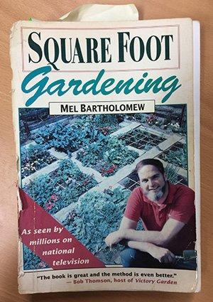 Het eerste Square Foot Gardening boek