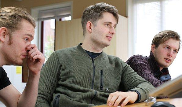 Keihard werken aan de grote update van de Makkelijke Moestuin app
